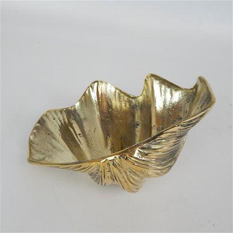 Brass Clam 18cm x 13cm x 7cm high