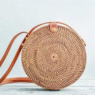 Lombok Circle Bag Natural 20cm x 6cm x 70cm long