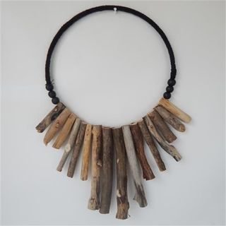 Driftwood Loop Necklace Single 40cm x 50cm high