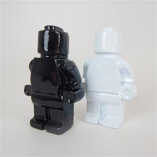 Resin Brick Men s/2 Monochrome 10cm high