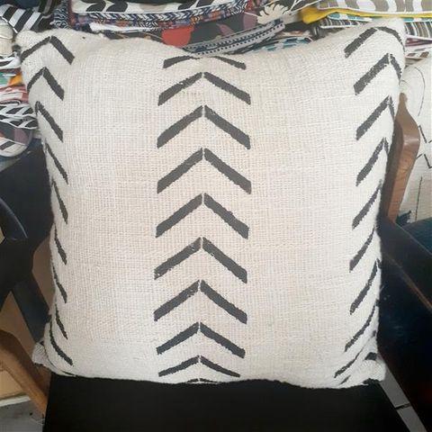 Cushion Cover Cotton Arrows 50cm x 50cm