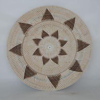 Lombok Deco Star Plate Blk/White 50cm
