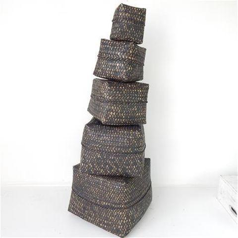 Lira Boxes s/5 Blackwash 30 / 25 / 20 / 17 / 11cm2