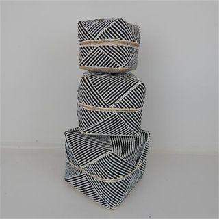 Kalia Beaded Boxes Fine s/3 Blk/White 10/13/16cm