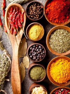 SEASONINGS SPRINKLES & SPICES