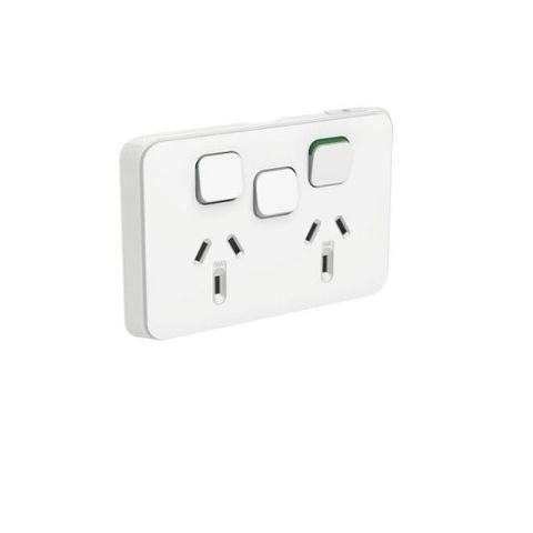 ICONIC DOUBLE SOCKET HORIZ 10A WITH EXTRA SWITCH WHITE