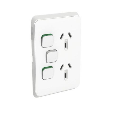 ICONIC DOUBLE SOCKET VERTICAL 10A WITH EXTRA SWITCH