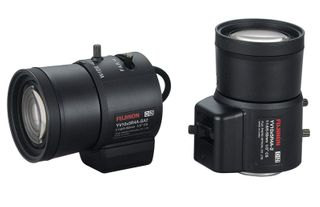 FUJINON Yv5X2.7R4B-Sa2L 2.7Mm ~ 13.5Mm Auto Iris Vari-Focal Dc Drive  F0.95~T360 Aspherical Day/Night Lens